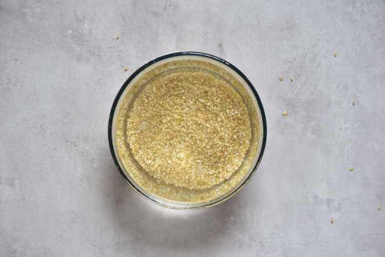 Soaking short grain brown rice