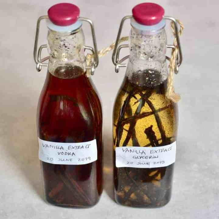 Two Ingredient simple DIY Vanilla Extract