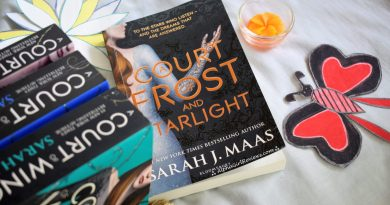 A Court Of Frost and Starlight Review