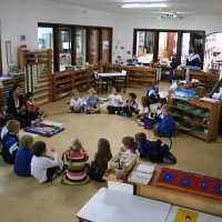 "Escola Montessoriana ""Tip Toe School"""