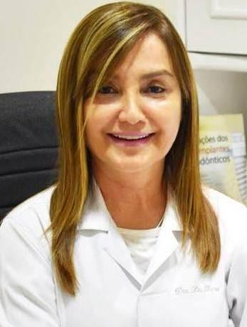 Equipe de Dentistas - Dra. Lia Rosa