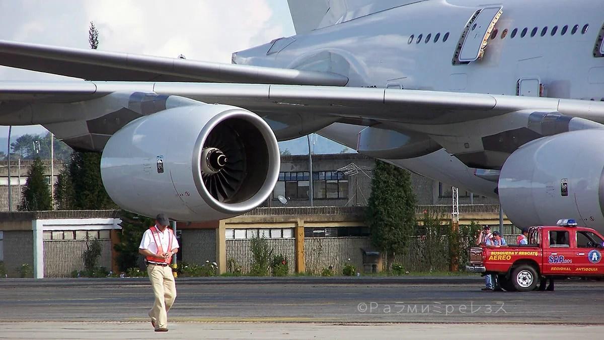 A380COL53.jpg