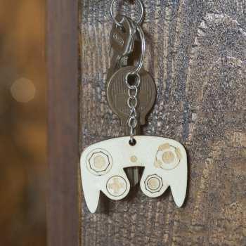 porte clé bois keychain retro geek gamecube vintage gaming
