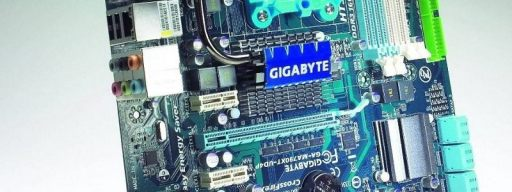 Gigabyte MA790XT-UD4P