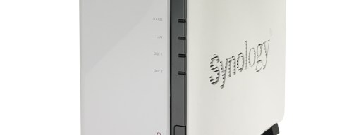 Synology DS212j - three-quarters