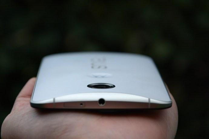 Nexus 6 review - top edge