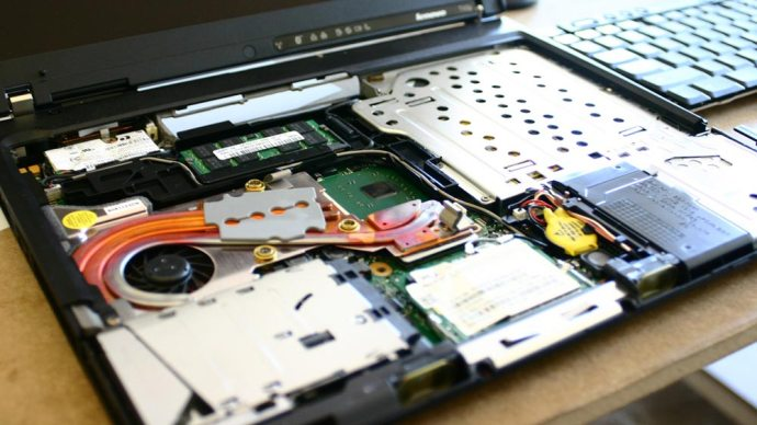 How to fix a disabled graphics card without a screen 5