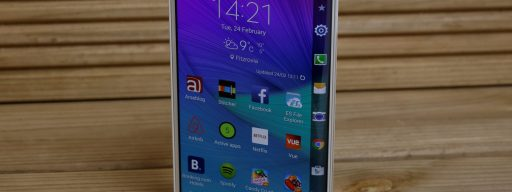 Samsung Galaxy Note Edge - from the front