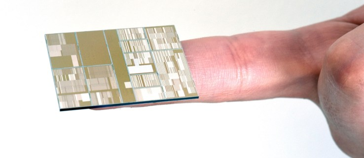 IBM reveals 7nm microchip breakthrough, continues Moore's law
