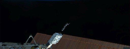 satellite_in_space