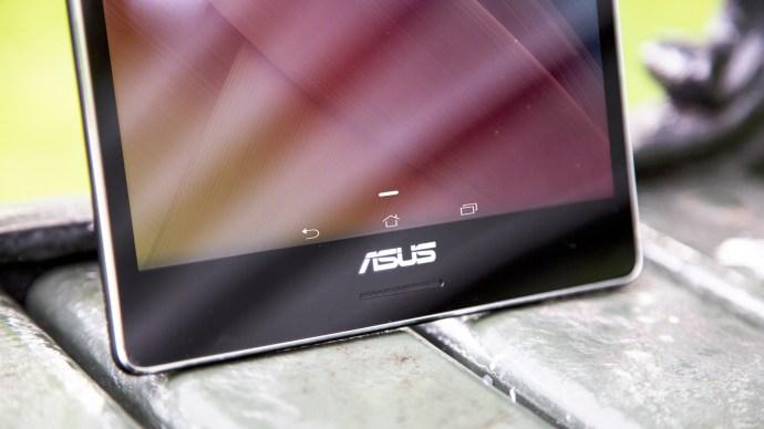 Asus ZenPad 8.0 review: Front, bottom portion