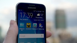 Samsung Galaxy S6 vs LG G4 - Samsung Galaxy S6 Display
