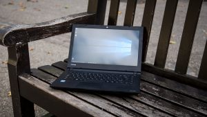 Toshiba Satellite C40-C review: The 14in screen gives you room to breath