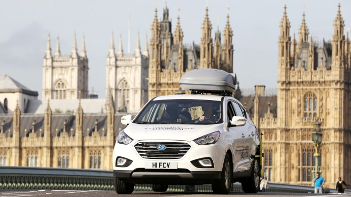 Hyundai ix35 Fuel Cell: We drive the UK's first mass-produced Hydrogen car around London
