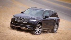 new_volvo_xc90_review_2