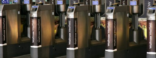 tube_barriers_apple_pay_mastercard