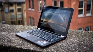 Lenovo Yoga 700 review: From the front