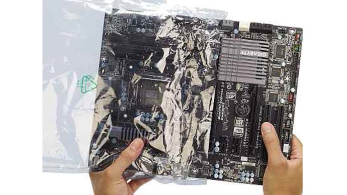 remove-motherboard-from-antistatic-bag