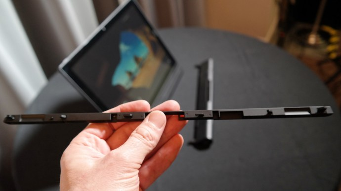 Lenovo ThinkPad X1 Tablet review: Module connector