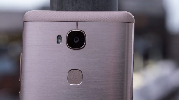 Honor 5X rear camera