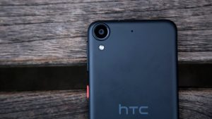 HTC Desire 530 rear and camera