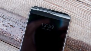 LG G5 always-on display