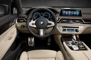 bmw_7_series_review_2015_12