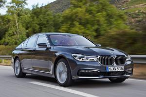 bmw_7_series_review_2015_23