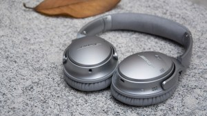 Bose QuietComfort 35 flat