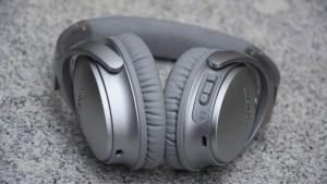 Bose QuietComfort 35 controls