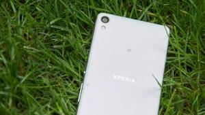 Sony Xperia XA in grass