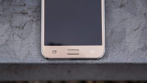 Samsung Galaxy J5 front bottom half