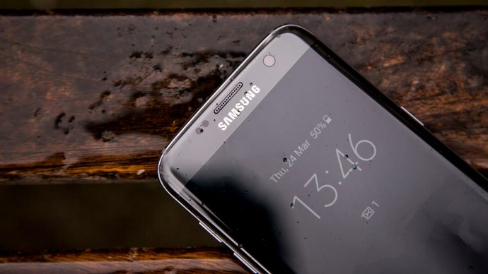 Samsung Galaxy S7 Edge always on screen from another angle