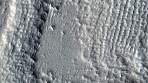 nasa_mars_orbiter_pictures_planet_7