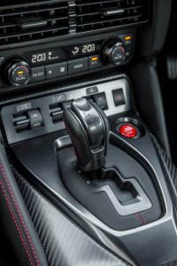 2017_nissan_gt-r_review_16