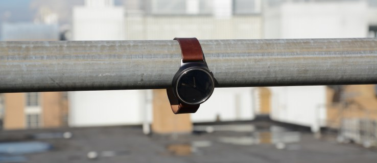 Misfit Phase review: A smartwatch that looks smarter than it is