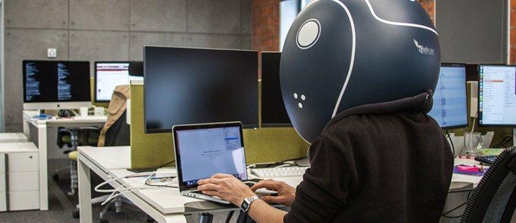 Mantenga a raya la charla de sus compañeros de trabajo con este casco gigante insonorizado