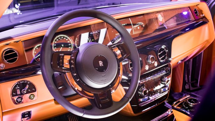 rolls_interior