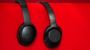 sony_mdr-1000x_review_-_bose_qc35_comparison