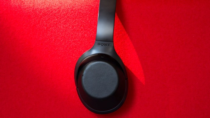 best_noise-cancelling_headphones_sony_mdr-1000x
