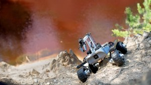 explore_your_own_planet_like_it_were_mars_with_the_turtle_rover_-_13