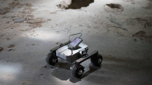 explore_your_own_planet_like_it_were_mars_with_the_turtle_rover_-_8