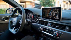 Audi RS4 Avant steering wheel and MMI screen