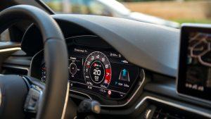 Audi RS4 Avant Virtual Cockpit closeup