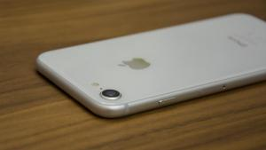 apple_iphone_8_review_-_design