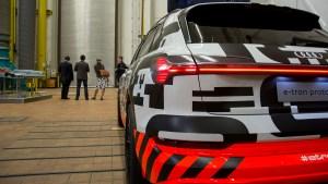 audi_e-tron_concept_car_rear