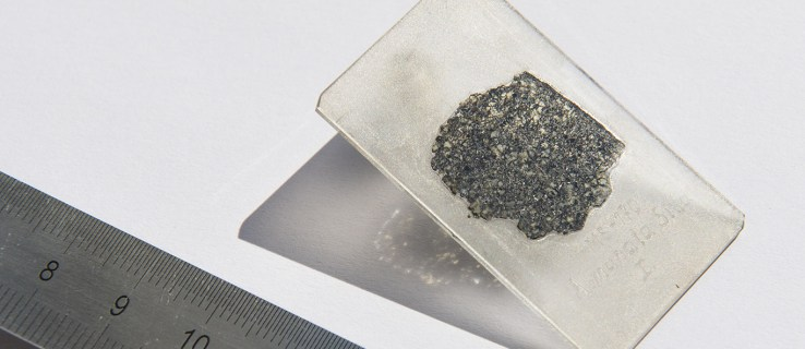 """Meteorite found in Sudan may be part of a """"lost planet"""" that was destroyed in our early solar system"""
