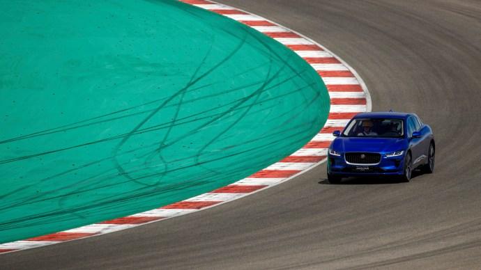 jaguar_i-pace_review_official_picture_track_blue_corner