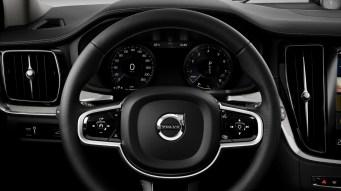 sponsored_new_volvo_v60_interior_wheel