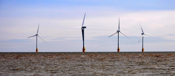 World's largest offshore wind farm opens off England's coast